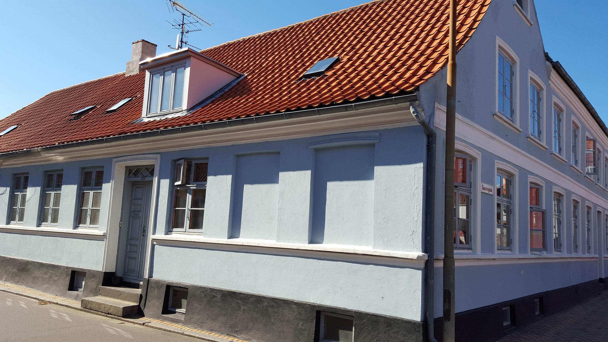 Bolig til leje rønne | Opførelse af huse fra en bar